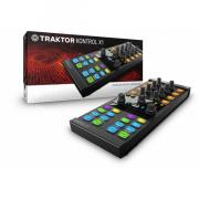 MIDI-контроллер Native Instruments Traktor Kontrol X1 Mk2