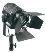 Галогенный остветитель Logocam Fresnel 650 Halogen