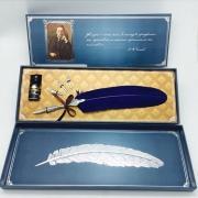 Набор: перьевая ручка, сменные перья (3шт.), чернильница (15 мл) с...