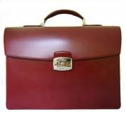 Вишневый портфель Elysee с 2 основными отделениями