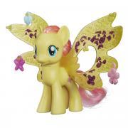 My Little Pony Фигурка пони Флаттершай с волшебными крыльями