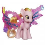 My Little Pony Фигурка пони Хани Рейс с волшебными крыльями