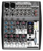 Behringer 1002FX - микшер,2 микр. предусил.,8 линейных входов,24-битный эффект-процессор