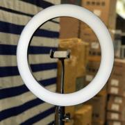 Светодиодная кольцевая лампа 36 см c железным корпусом (Белая)
