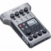 Рекордер для подкастов Zoom P4