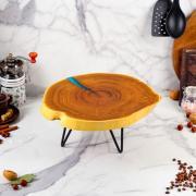 Доброе дерево Столик из спила на ножках, 40 х 35 см, массив оливы