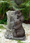 Декоративный фонтан для дачи Медведи
