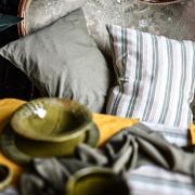 Декоративная подушка, полосатая