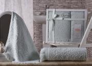 Комплект махровых полотенец из хлопка в подарок ESRA - 2 шт.