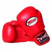 Перчатки боксерские TWINS для муай-тай красные на 10 oz BGVL-3