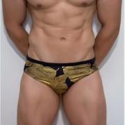 Мужские плавки из гладкого полиамида черно-золотого цвета Boefje RT33007