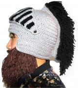"""Оригинальная вязаная шапка """"Шлем с бородой"""" цвет черный"""