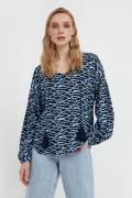 свободная блуза с завязками-кисточками
