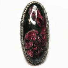 Кольцо с эвдиалитом 1252-nr