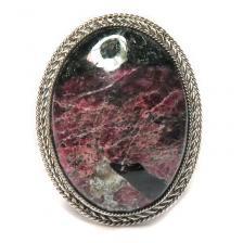 Кольцо с эвдиалитом 771-nr