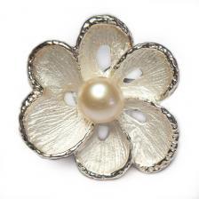 Кольцо с белым жемчугом 047-gr